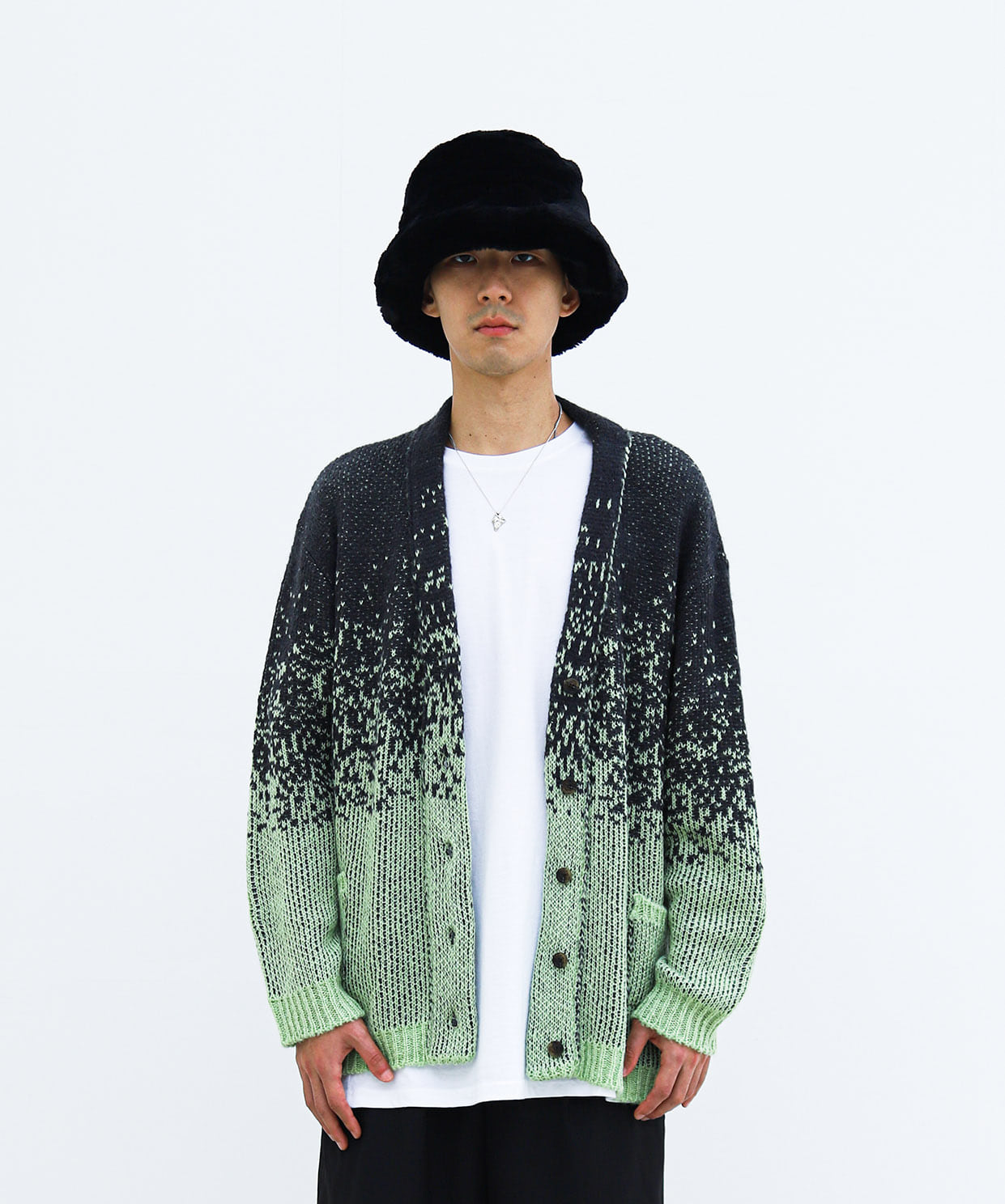 CARDIGAN GRADATION 01 (SOFT GREEN)