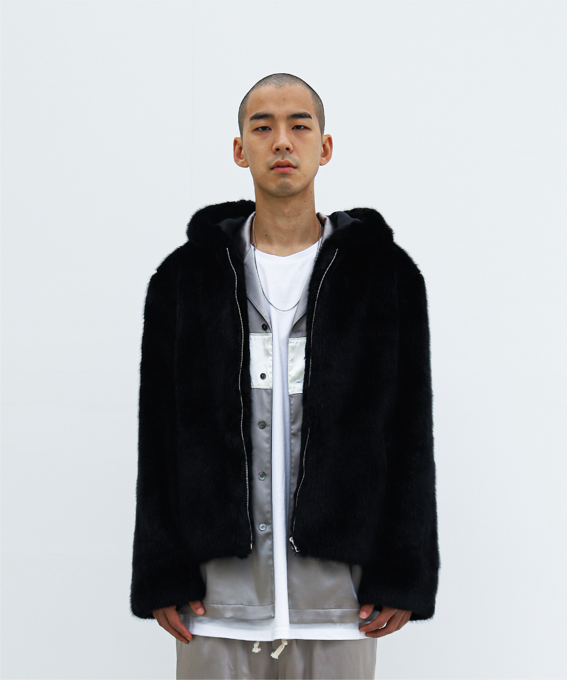 HOODED JACKET BLACK FAUX FUR