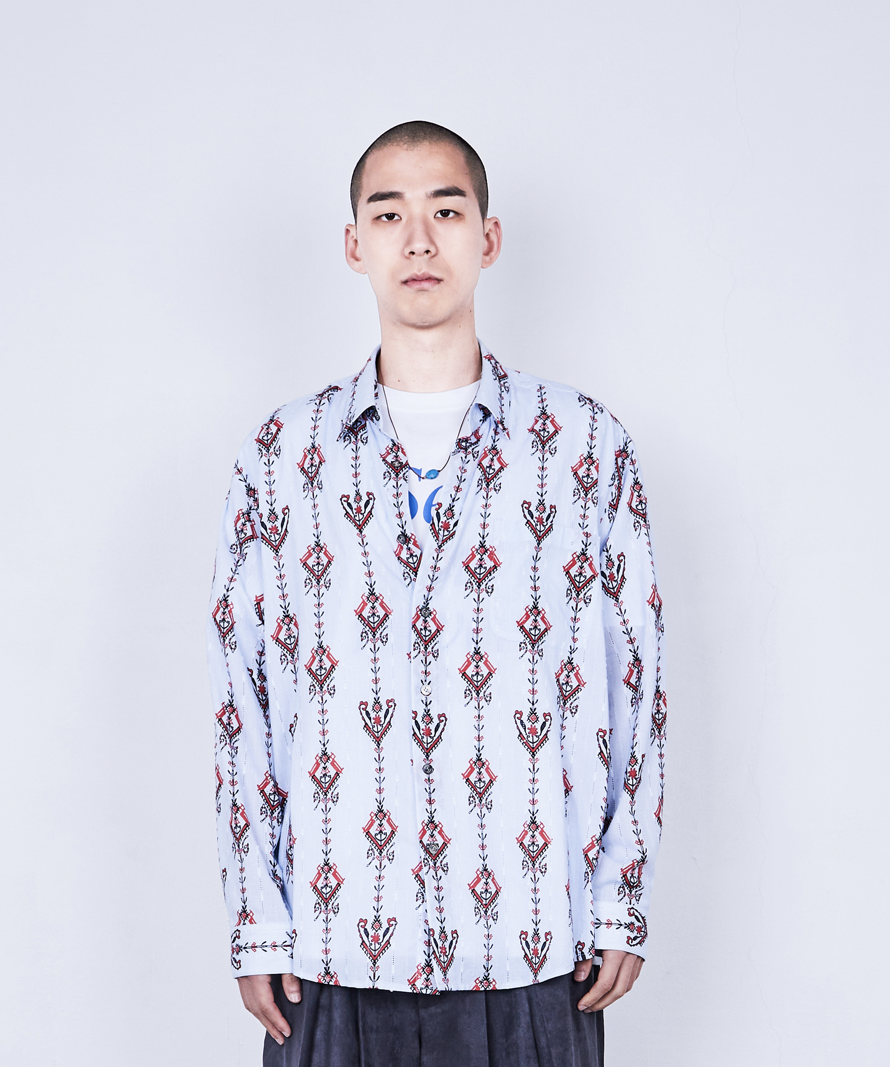 RELAXED SHIRT ORIENTAL CHANDELIER (SKY BLUE)
